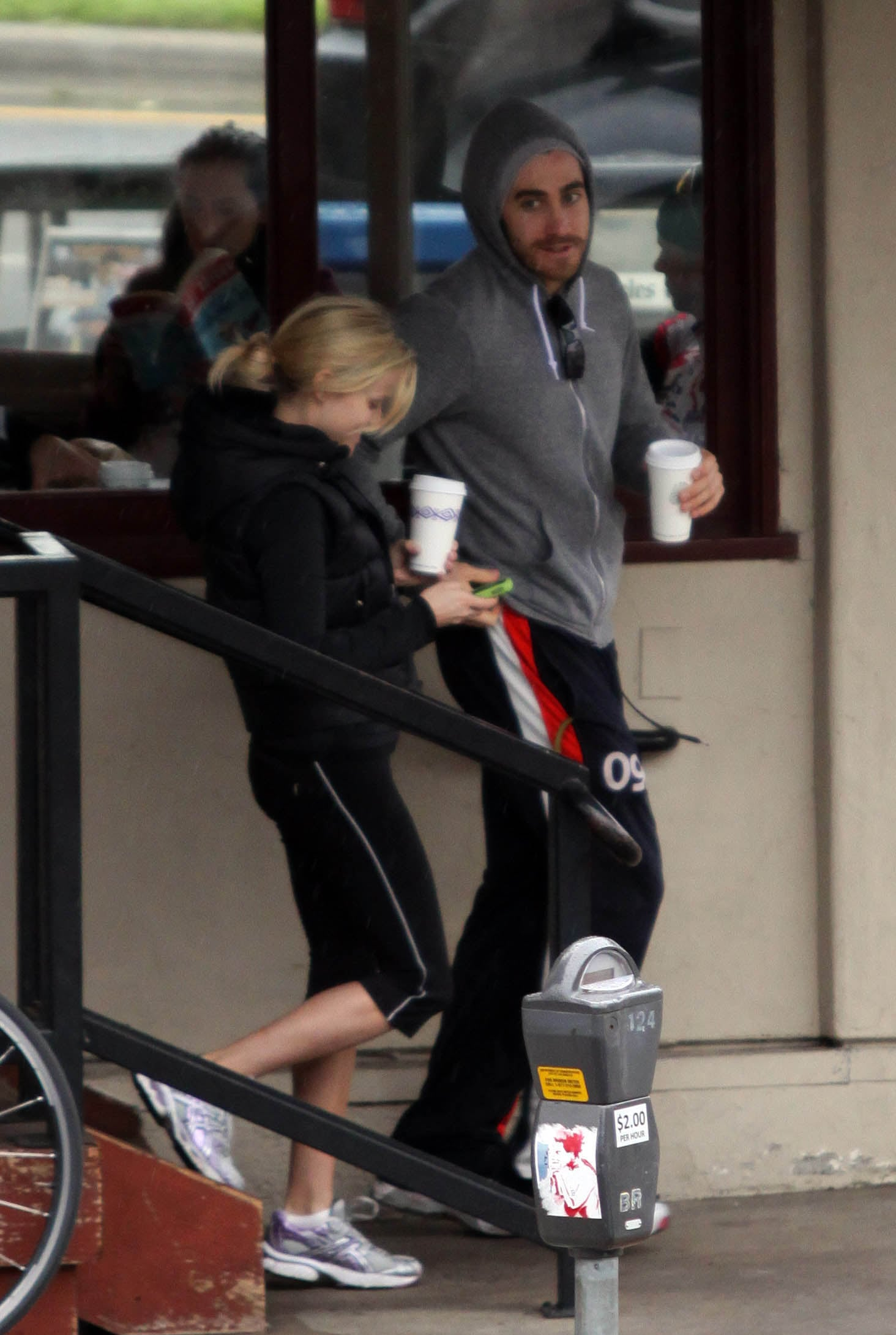 photos of reese witherspoon and jake gyllenhaal in los